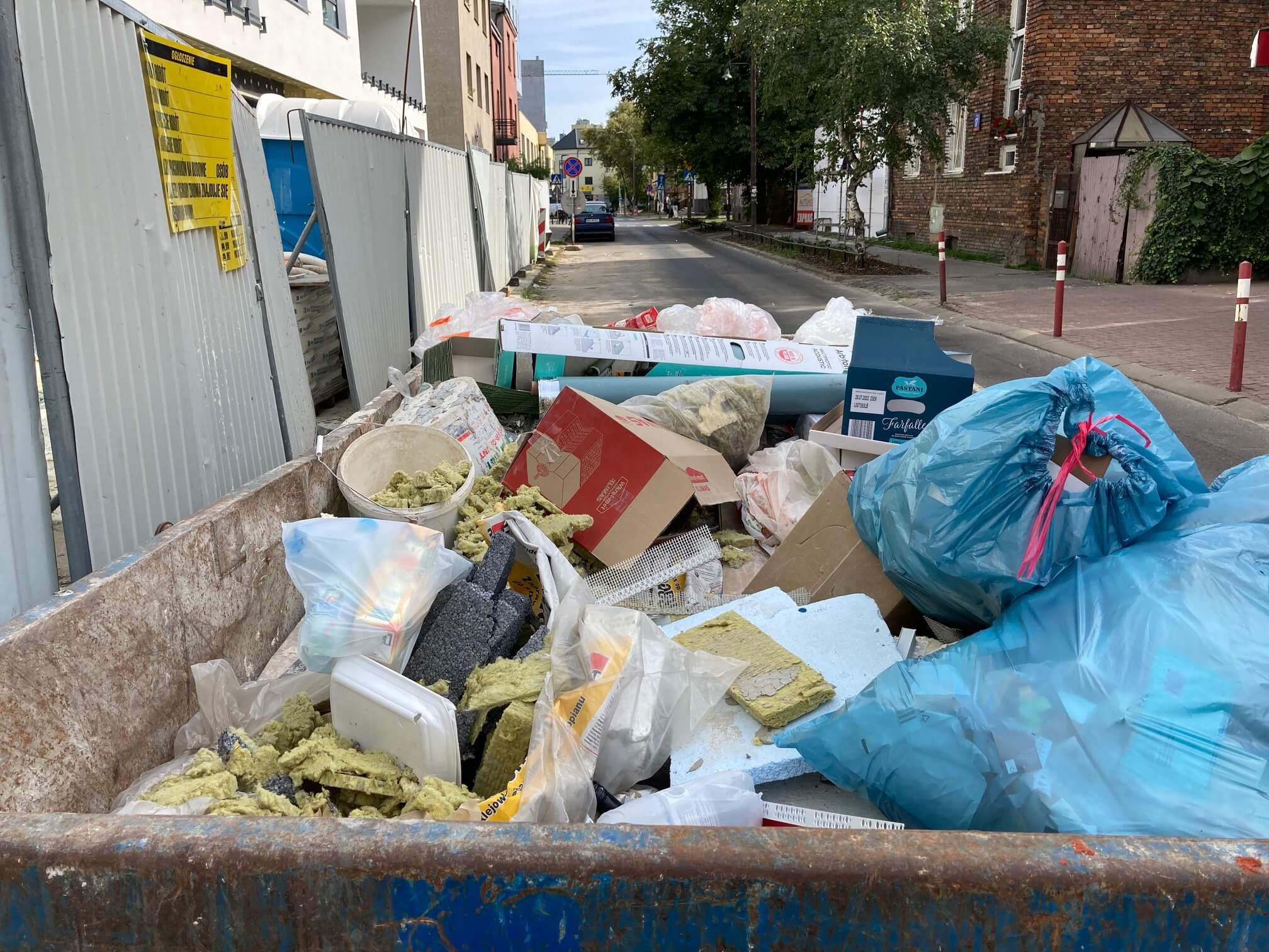 wywóz śmieci remontowych