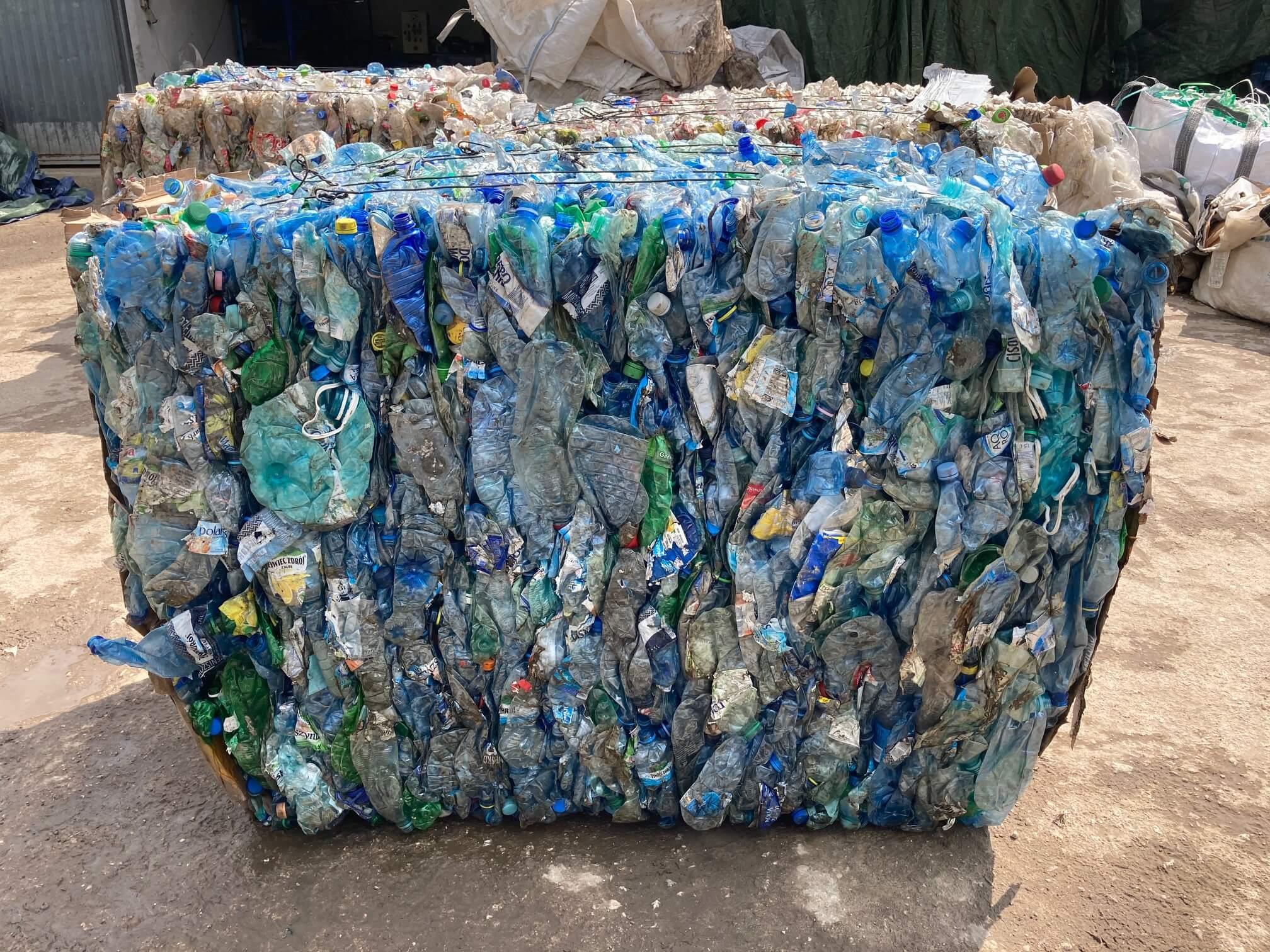 wywóz opakowań odpadów opakowaniowych